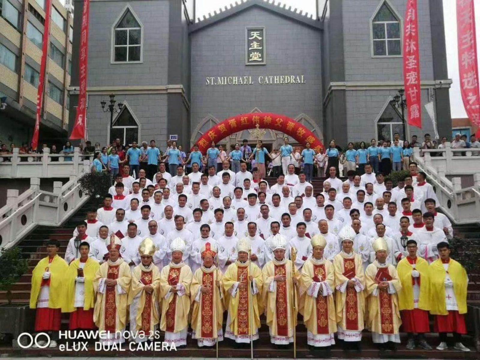 20190902-Bisschopswijding-Hongwei