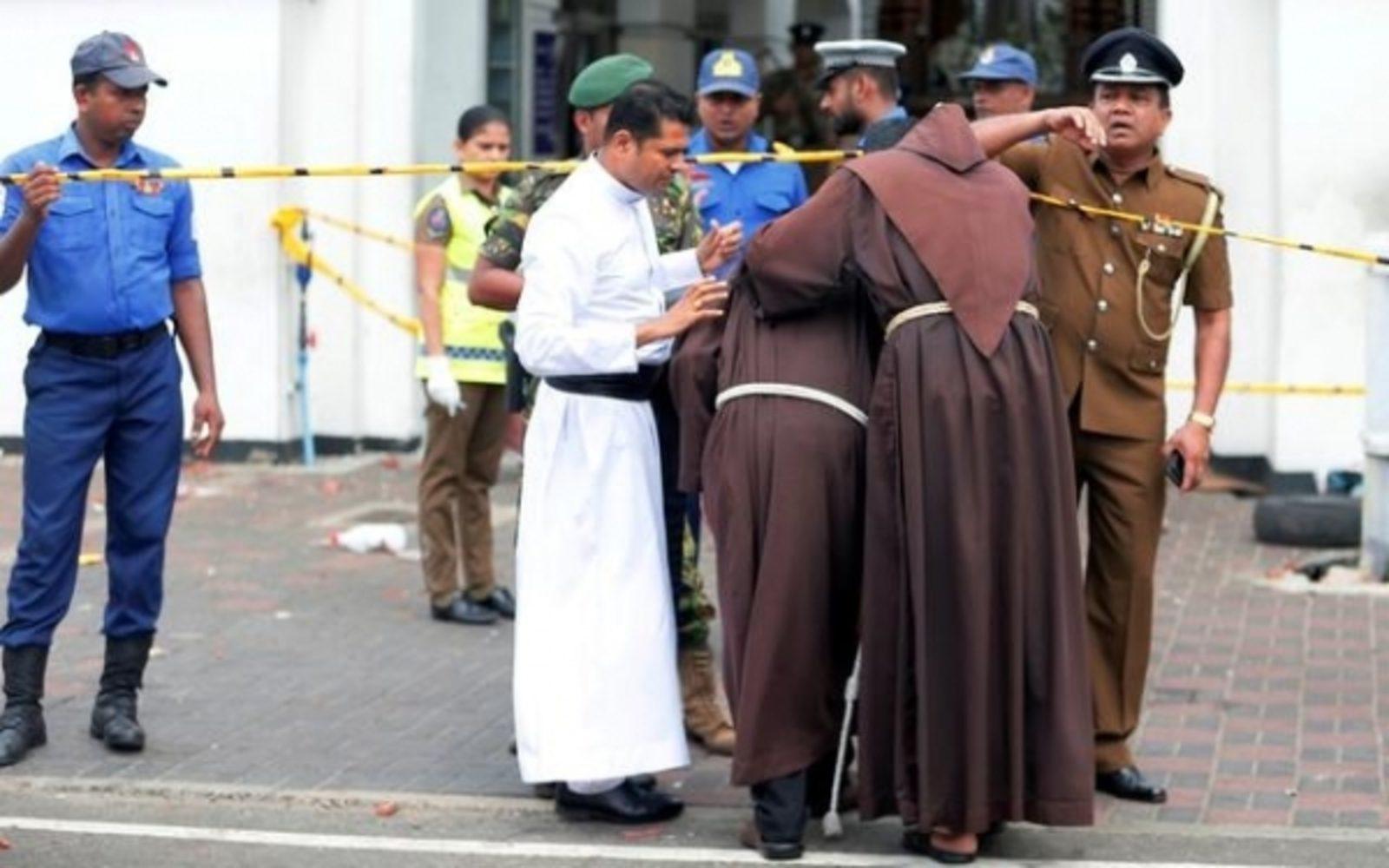 SRI_LANKA_-_0422_-_Bombe_a_Pasqua_UPDATE_vittime_e_arresti_1