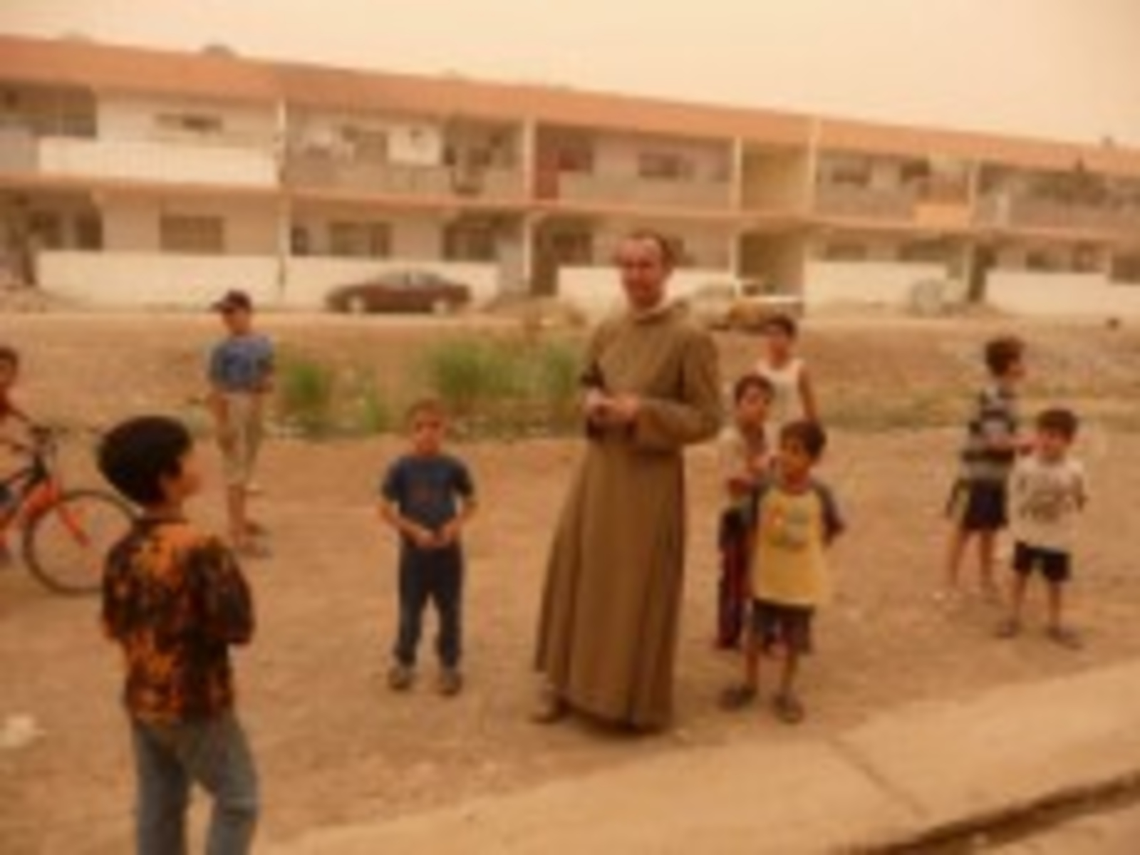 iraq_christians-in-qaraqosh-nineveh-plain-acn-200-x-150