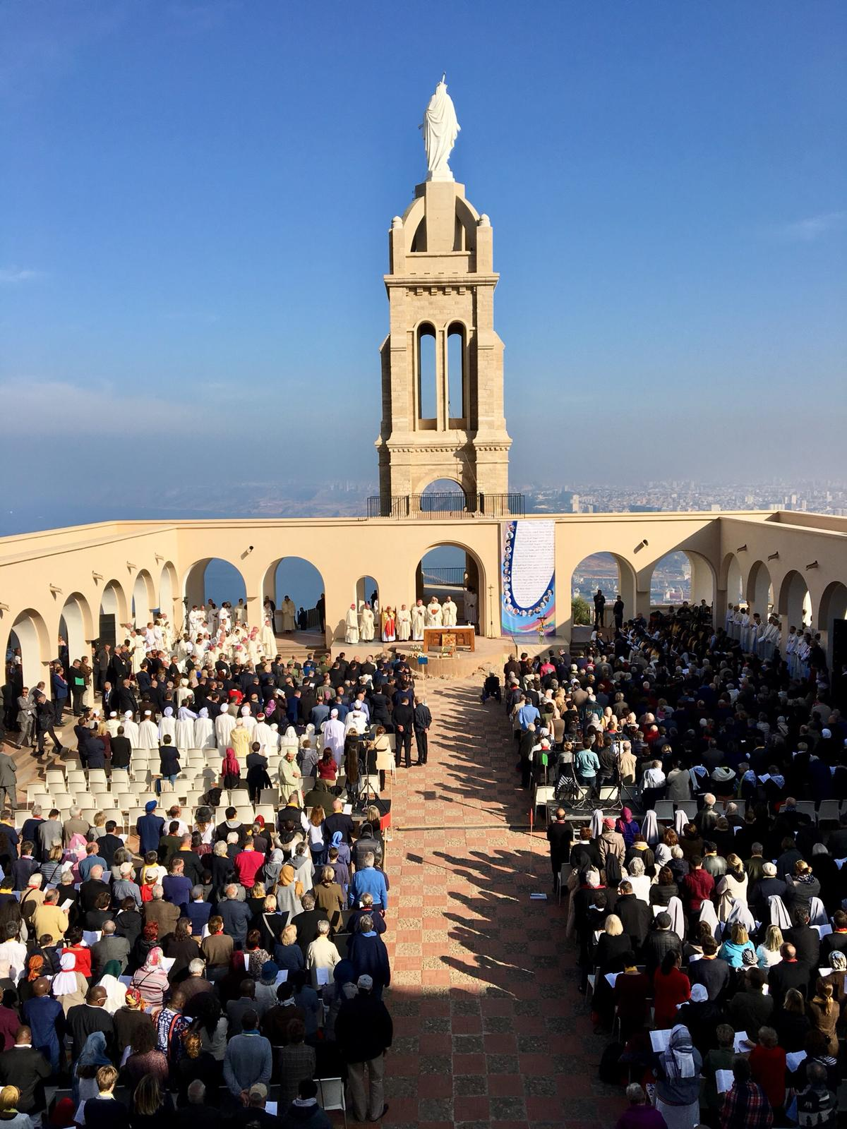 ACN-20180323-69415 Mgr Bafouakouaho Algerije