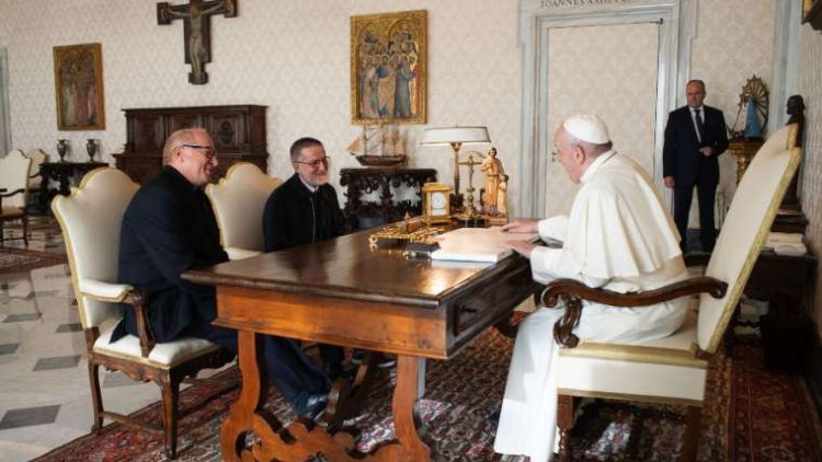 20201011 Ontmoeting pater Maccali en paus Franciscus