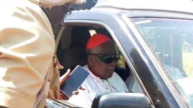 Ontvoerde aartsbisschop Tumi in Kameroen