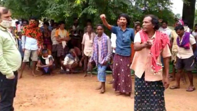20201208 Kondagaon India christenen verjaagd