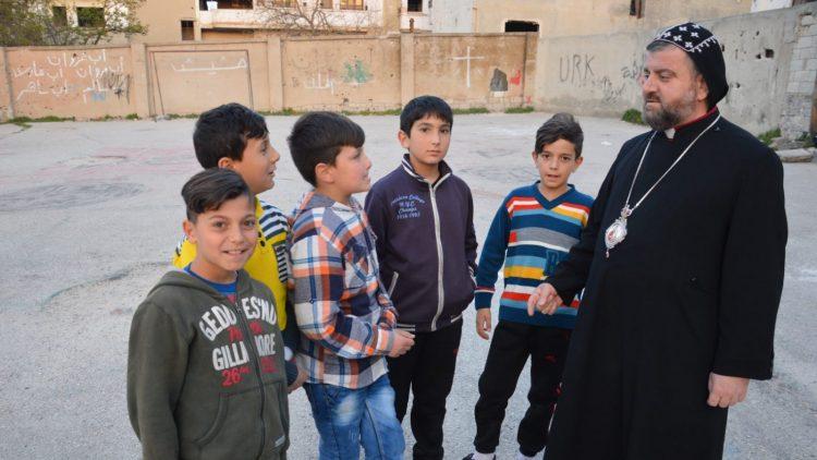 ACN-20181008-77549 mgr Selwanos Syrië Homs
