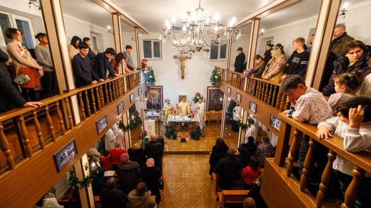 Existence aid for 5 nuns and 1 Jesuit brother of the Apostolic Administrator in Kyrgyzstan in 2019