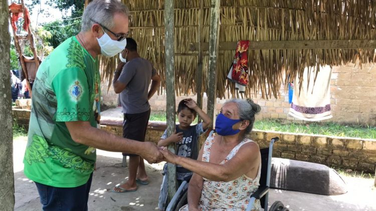 Existence help for 17 Religious Sisters and 2 Deacons of the Diocese of Humaitá