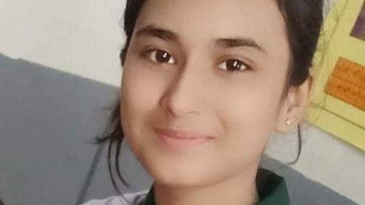 Photos of 14 year old Pakistani Huma Younus abducted in October 2019