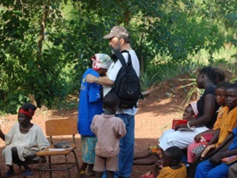 20130528Centraal_Afrikaanse_Republiek_bisschop_Aguirre_small