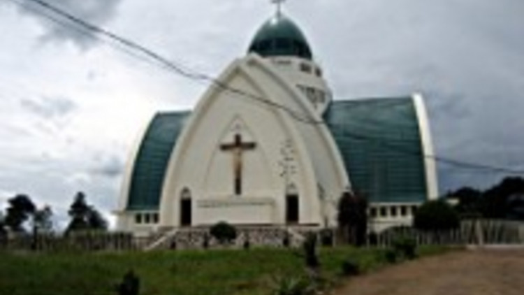 cathedrale_bukavu-200-x-150