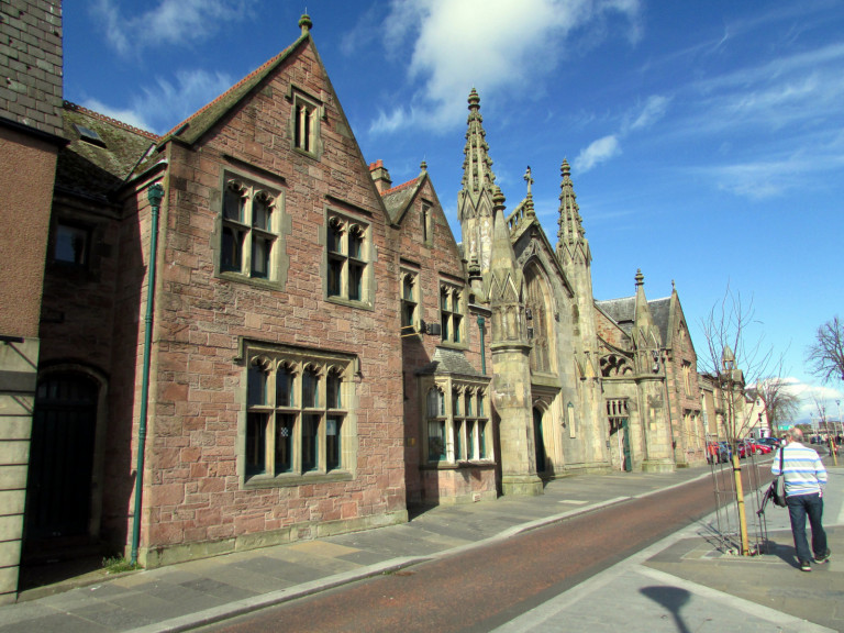 Katholieke-Kerk-Inverness-Tom-Bastin