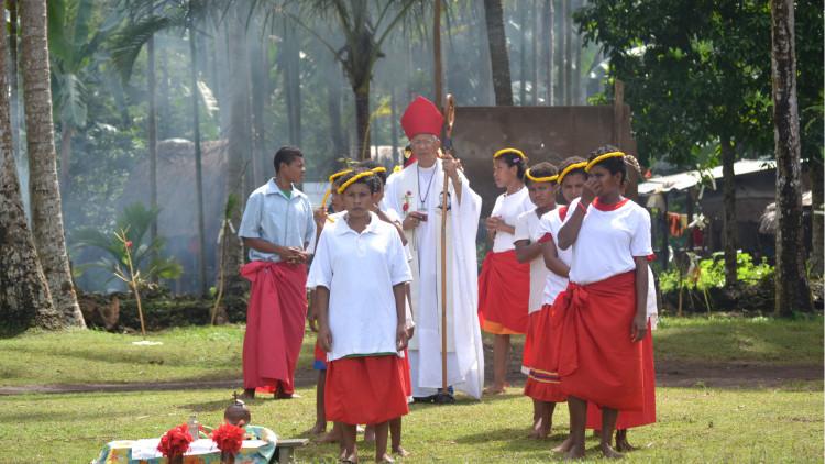 Kiriwina-openingsceremonie-kleuterschool-Guduwela-2