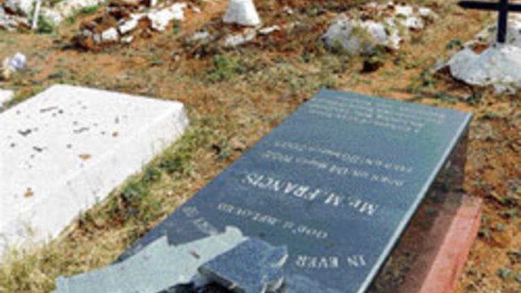 Orissa-Christian-cemetery-desecrated-in-Kandhamal-26327