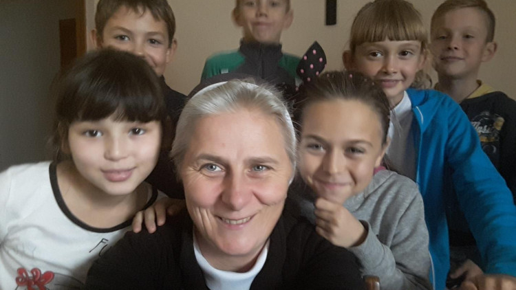 Livelihood aid for 67 nuns and 1 friar in the Archdiocese of Astana for 2018