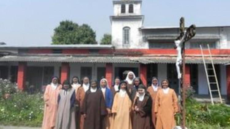 20120305india003