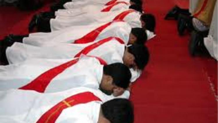 20112408China_Clergy
